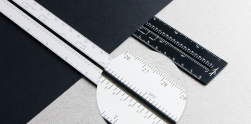 The Clever Lindlund Ruler Measures the Digital and Physical Worlds